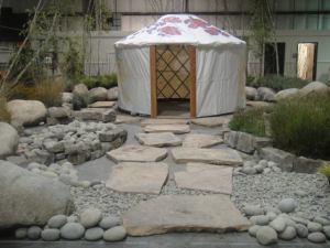 Yurt+Garden7